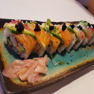 Japan Street Food Paisley - Salmon Avocado Roll
